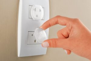 Precauciones con la electricidad en el hogar